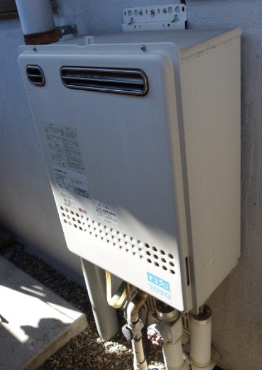 名古屋市守山区でTOTOのふろ給湯器RGE20KS50-Sの交換工事