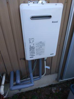 リンナイ給湯専用機RUX-A1616W-Eへの交換取付工事